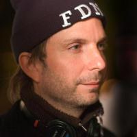 F47926_director