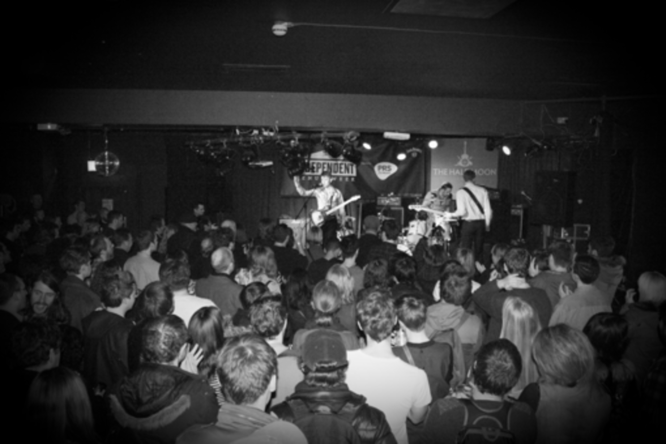 Small live music venues who needs them anymore sxsw 2016 event schedule for Redwood room live music schedule